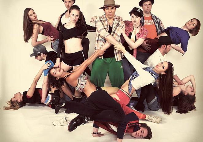 NEW TALENTS: Die ElecTricks – elektrisieren die Massen mit ihrem lyrischen Tanz! more…