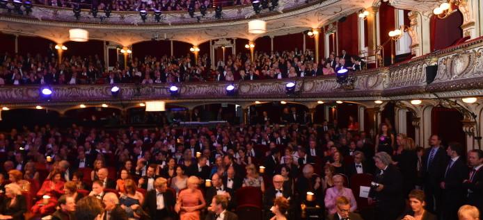 HIGHLIGHT: Henri Nannen Preis 2012 – dem Glanz folgte ein Eklat more…