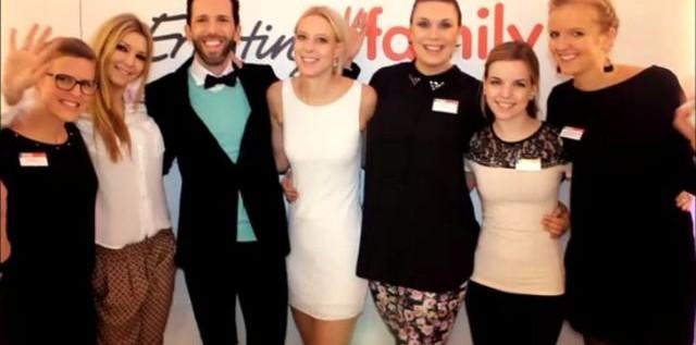 FASHION: Filmbeitrag – Ernsting`s family – Fashion Show 2013 im Hotel Atlantic in Hamburg more…