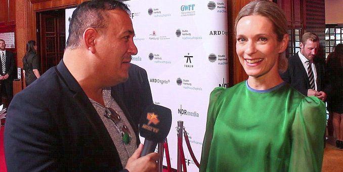 In Gedenken an die wunderbare Schauspielerin Lisa Martinek – unser Interview beim Studio Hamburg Nachwuchspreis