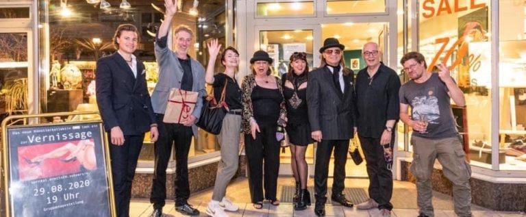 """Zufallsbegegnung mit dem Künstler-Kollektiv """"EWIG"""" – zu Gast in den Colonnaden 72 in Hamburg"""