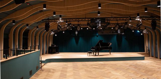 Eine JazzHall für Hamburg –  Dr. E. A. Langner-Stiftung und Senat eröffnen bahnbrechenden Konzertsaal an der Hochschule für Musik und Theater