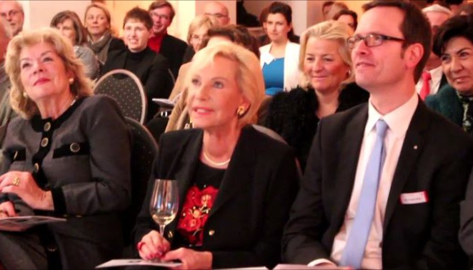 CHARITY & RESTAURANT: LADIES LUNCH – SOCIETY LADIES helfen obdachlosen Frauen more…