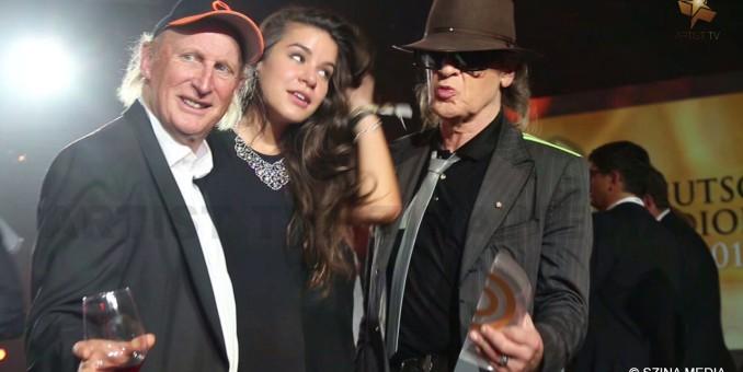 MEDIA: Der Deutsche Radiopreis 2015 – Glamour & Gesinnung – viele prominente Gästestimmen zum Thema Radio und Fremdenhass more…